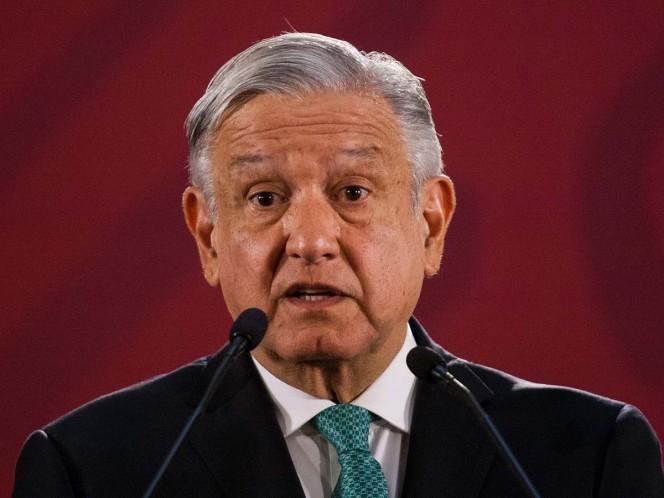 AMLO se reúne con dueño de siderúrgica en Michoacán; anuncia inversión millonaria