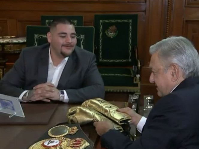 López Obrador recibe a Andy García en Palacio Nacional