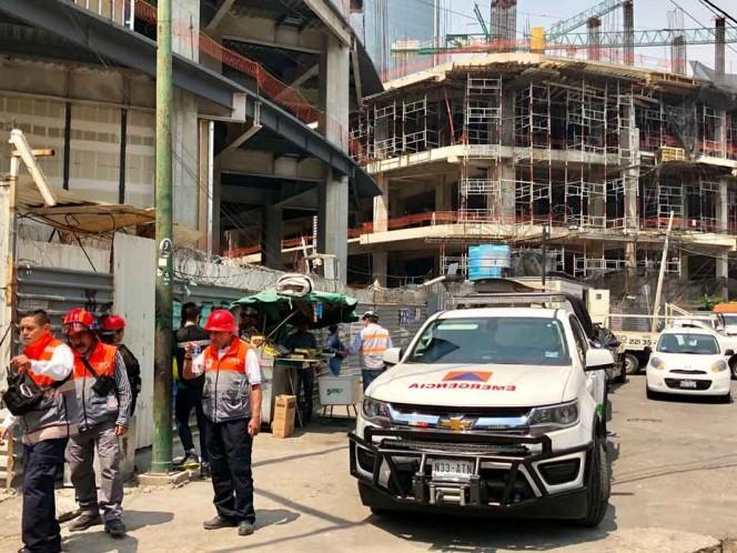 Muere hombre al caer de 16 metros en Torre Mítikah