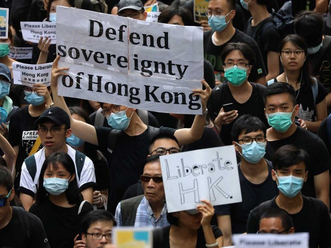 En Hong Kong lanzan campaña global para presionar a China