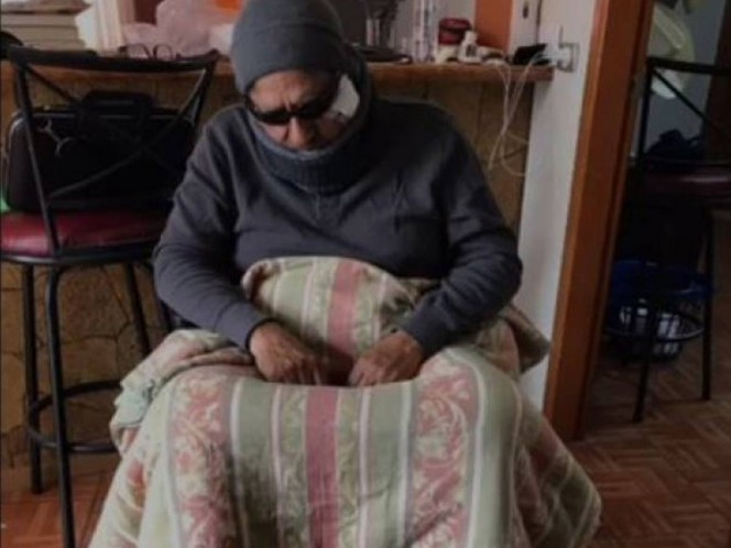 Finge Alcalde ser discapacitado, para evaluar atención