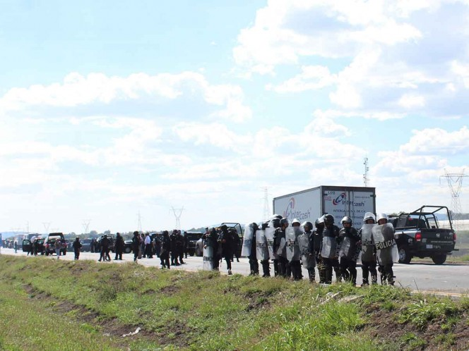 Caen 7 por hacer rapiña a camión con alambre en Veracruz