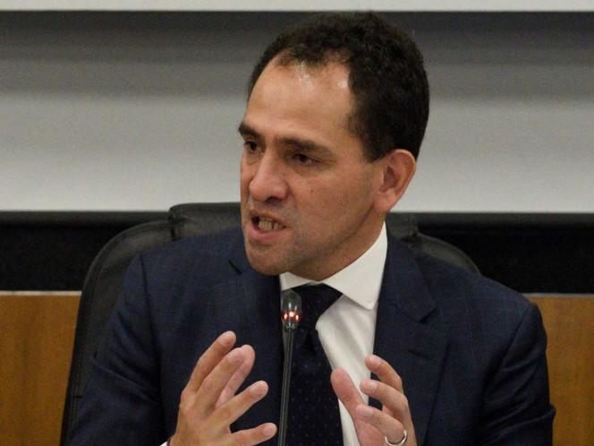 Comparece Arturo Herrera ante Diputados