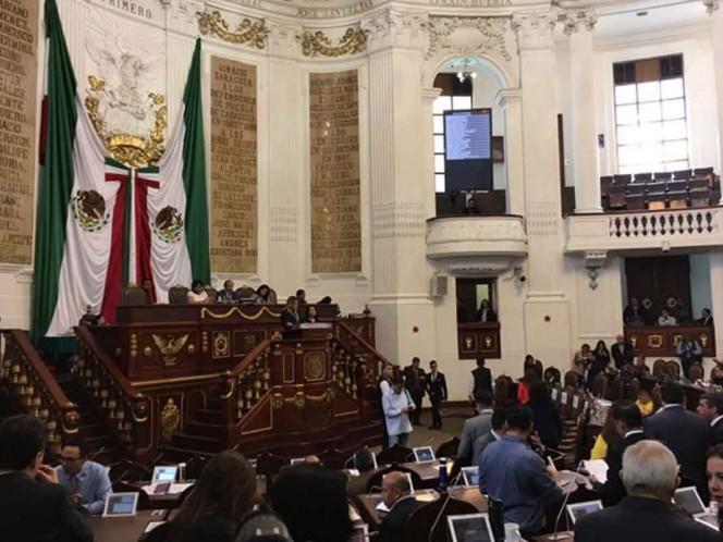 Congreso CDMX destituye a titular de transparencia y a oficial mayor