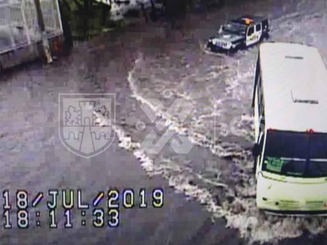 Encharcamientos y brotes de aguas negras por lluvia en CDMX