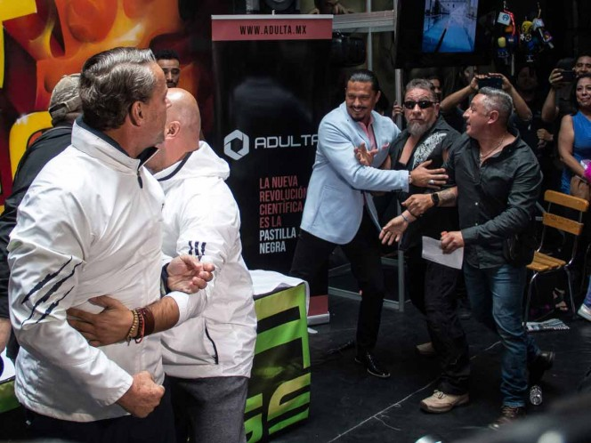 Suspenden pelea entre Alfredo Adame y Carlos Trejo