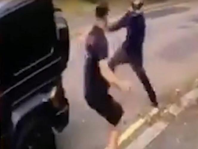 Violento asalto a Ozil, rescatado por un compañero