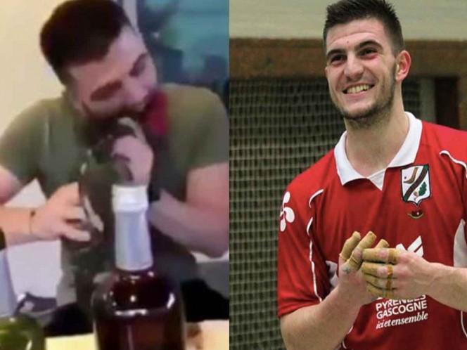 Deportista decapita a gallo vivo de una mordida y se graba