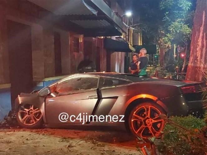 Auto con placas de discapacidad chocó contra Lamborghini abandonado