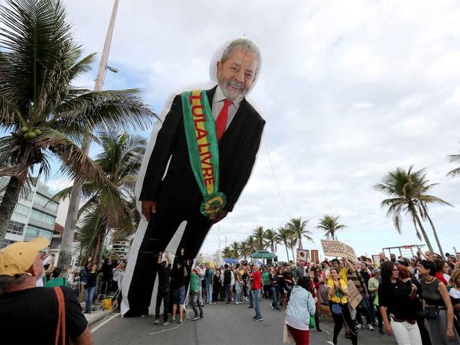 Juez rechaza denuncia contra Lula y su hermano por corrupción