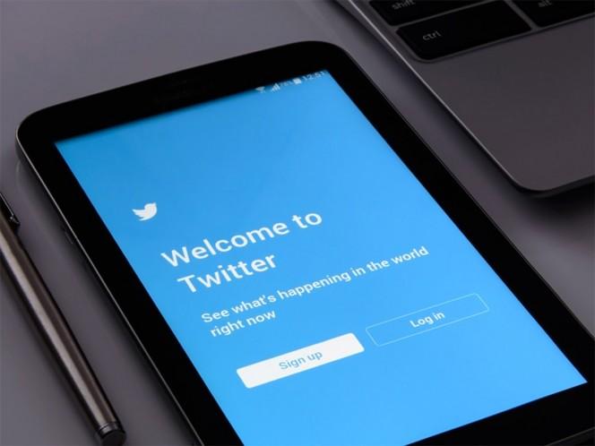 Twitter argumentó que de acuerdo con su política respecto a manipulación en la plataforma de esta red social, decidió suspender de manera permanente miles de esa cuentas. Foto: Pixabay