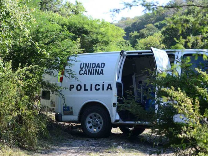 Policías entregaron a grupo criminal a normalistas: Murillo Karam