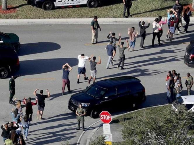 Empieza controvertido programa de maestros con armas en Florida