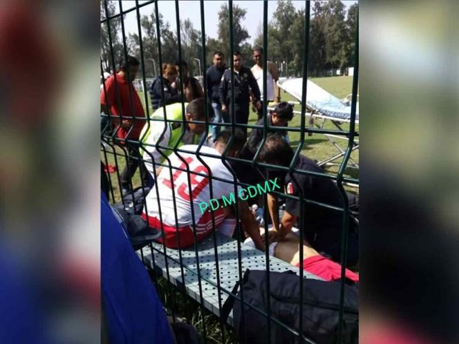 Asesinan a balazos a un futbolista en cancha mientras jugaba