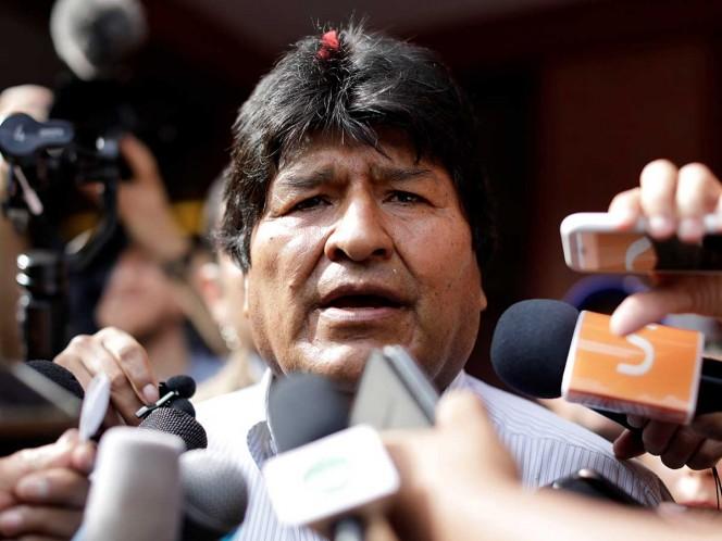 Evo Morales acusa golpe de Estado; oposición lanza huelga