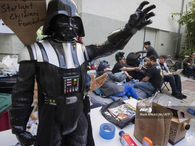 A una semana del estreno, fans acampan para ver Star Wars IX