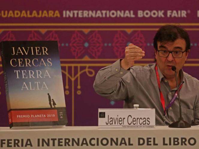 Terra Alta, novela de Javier Cercas, tiene una trama 'salida de las tripas'