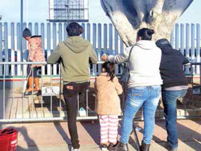Cientos de inmigrantes hondureños salieron en caravana rumbo a Estados Unidos