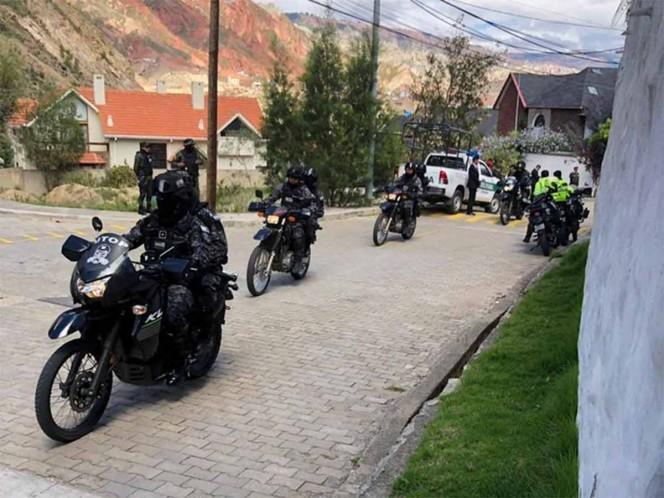 Reportan movilización policiaca en la embajada de México en Bolivia