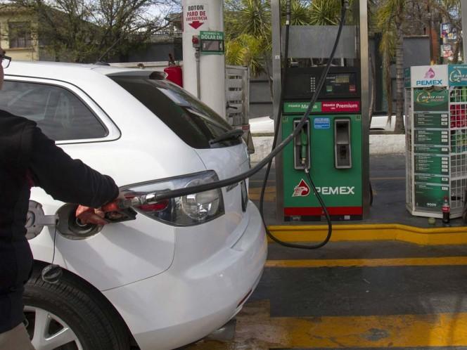 Precio de la gasolina alcanza nivel más bajo del año — Zona conurbada