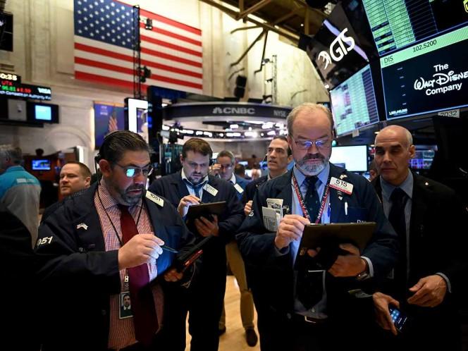 Continúa hemorragia en Wall Street, los estímulos no alientan a la bolsa