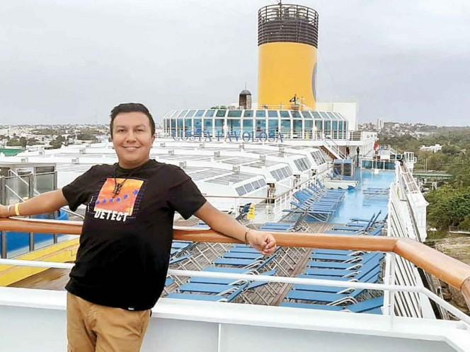 Gabriel García Salazar, uno de los 23 turistas varados, narra que la única isla que les dio acceso fue la de Guadalupe, que pertenece a Francia. Foto: Especial
