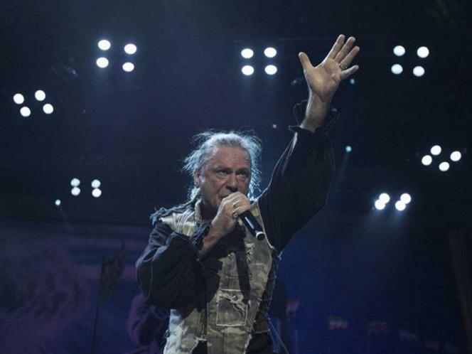 Bruce Dickinson, vocalista de Iron Maiden lamenta muerte de su exesposa