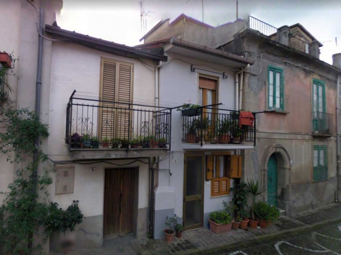 Un pueblito en Italia, libre de coronavirus, vende casas en 1 euro