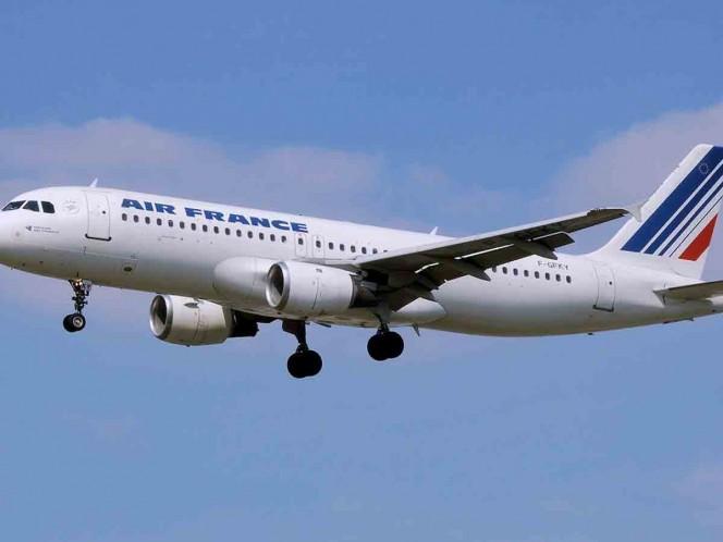 Air France planea recortar más de 7.500 puestos, según fuentes sindicales