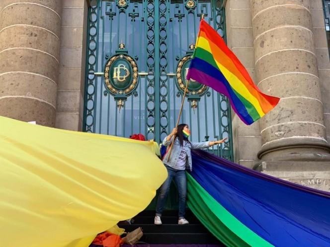 Congreso CDMX aprueba castigo por 'terapias de conversión'