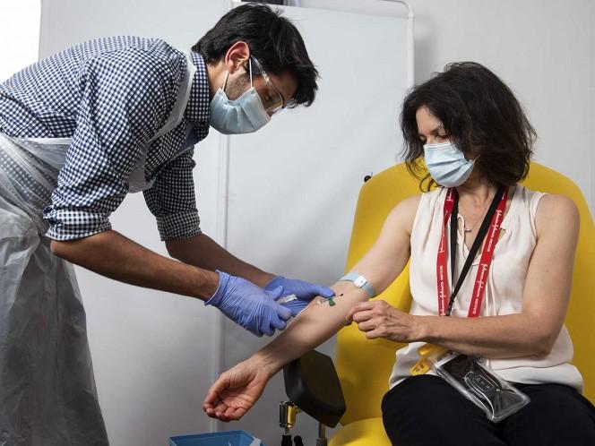 ¿A quiénes se aplicará primero la vacuna contra covid-19?