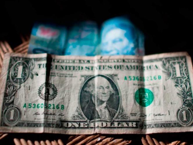 Peso registró semana de ganancias, pero dólar vuelve sobre los 21