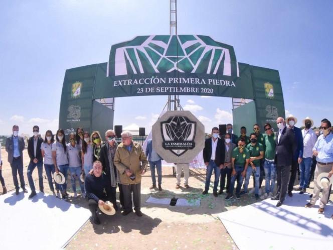 León pone la primera piedra de su nueva casa club