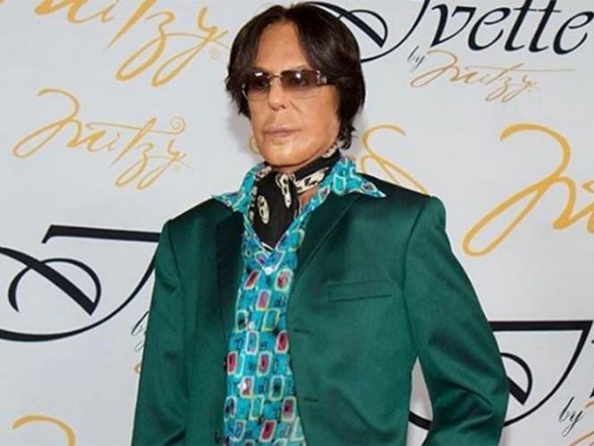 """A través de redes sociales se dio a conocer que este domingo falleció Alfredo Palacios, mejor conocido como """"el estilista de las estrellas"""". Foto: Instagram saludybellezaap"""