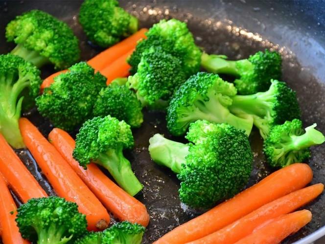 Por esta razón es muy importante consumir vitamina A, E y D