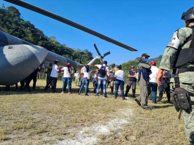 Ejército y Marina patrullan zona afectada en Chiapas