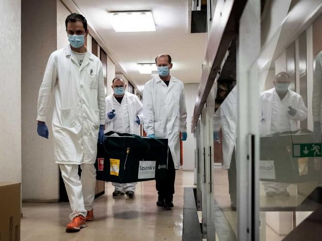 Rusia comienza campaña de vacunación con la 'Sputnik V'
