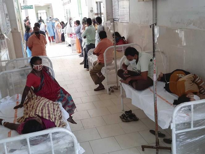 Cientos de personas contraen una misteriosa enfermedad en India