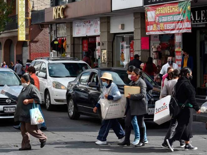 Indicaron que decretar semáforo rojo en el Valle de México es una medida desesperada e incluso necesaria para detener los contagios y las muertes. Foto: cuartoscuro