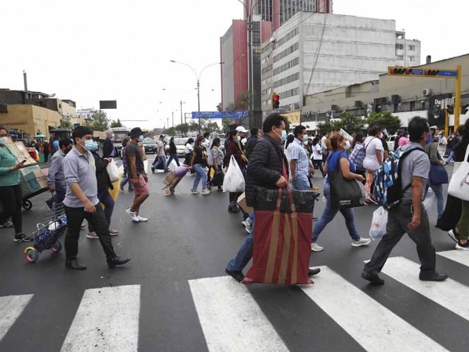 Perú refuerza vigilancia para impedir ingreso de nueva cepa de covid