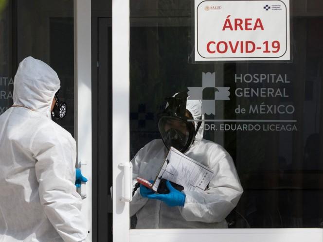 Hugo López-Gatell, subsecretario de Salud, destacó que hubo máximos de mortalidad diaria de cerca de 1,200 perdidas de vida por día, y ahora hay en promedio sólo 460 a 465.