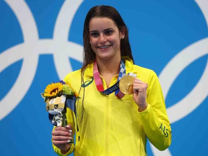 Kaylee McKeown gana una emotiva medalla de oro