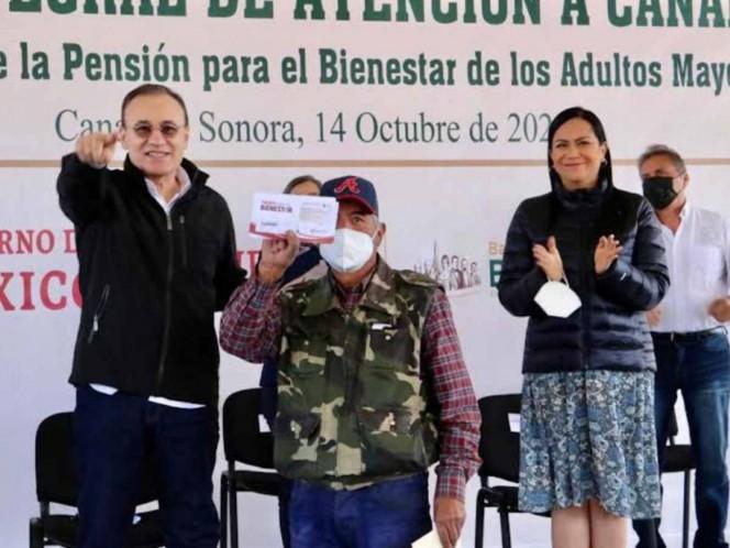 Comienza en Sonora entrega a nivel nacional de tarjetas Bienestar para abuelitos . Noticias en tiempo real
