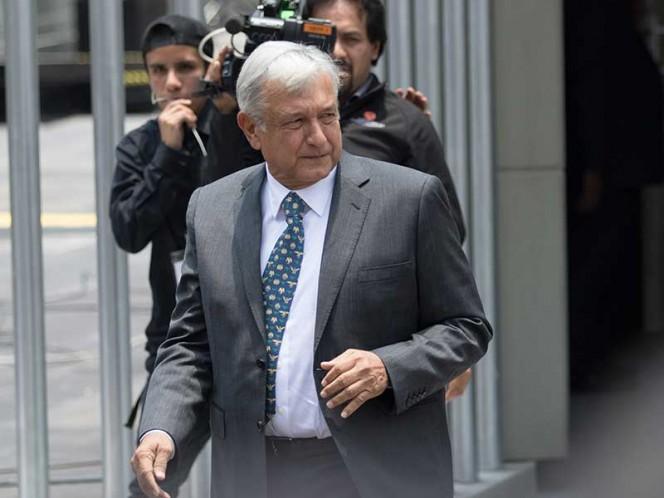 Felicita Facultad de Políticas de la UNAM a López Obrador