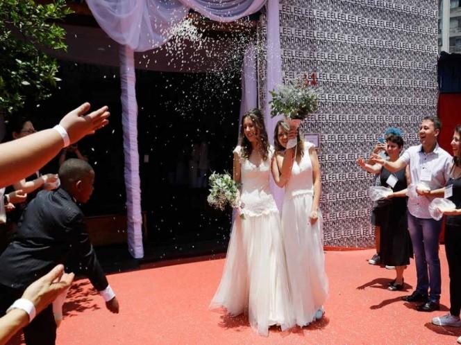 Gays apresuran bodas en Brasil por 'miedo' a Bolsonaro