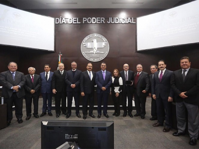 Magistrados reducen 19 por ciento su sueldo en Nuevo León