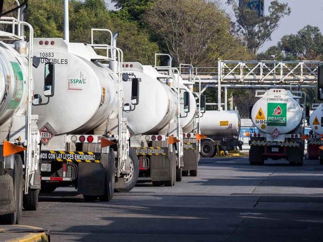 En función, 50 pipas de 500 que adquirirán para transportar gasolina