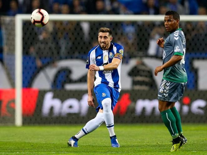 Héctor Herrera comanda el triunfo del Porto
