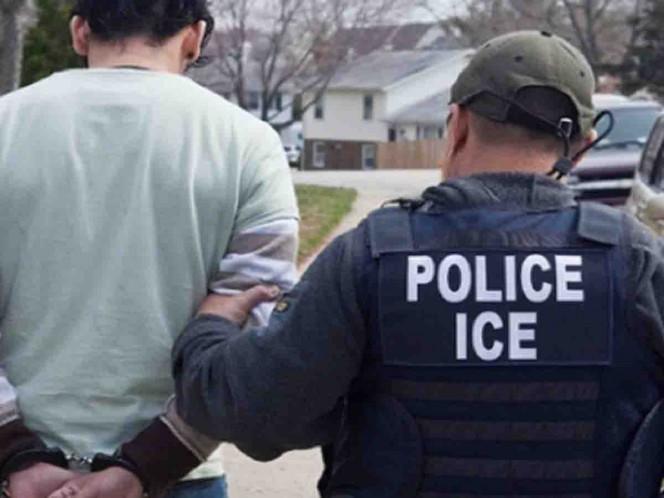 'Migrante' se resiste a detención y muerde a policía de migración