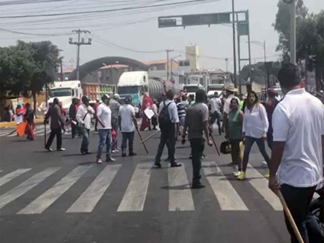 Agreden y retiran a manifestantes en Periférico Oriente